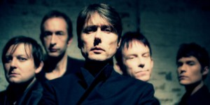 Hit me - Suede (testo e video)